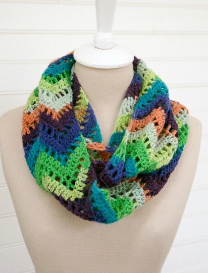 Chevron Lace Crochet Infinity Scarf