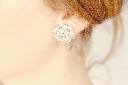 images DIY Grapevine Cluster Earrings