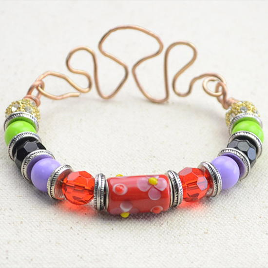 http://d2droglu4qf8st.cloudfront.net/2016/06/287103/Fashion-Bead-and-Wire-Bracelet_Large600_ID-1728760.jpg?v=1728760