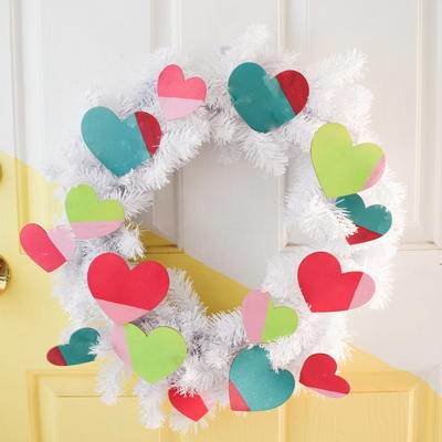 Easy DIY Valentine's Wreath