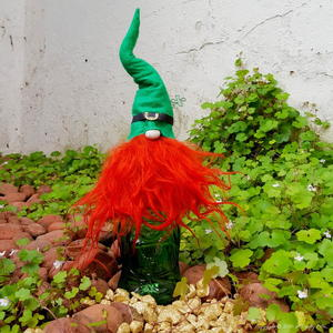 St. Patrick's Day Leprechaun Bottle Toppers