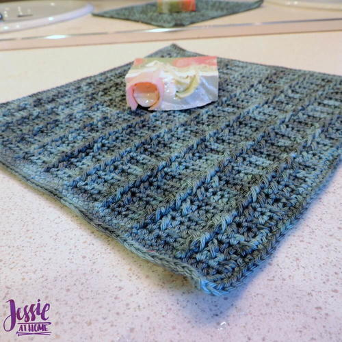 Strand of Diamonds Crochet Washcloth Pattern