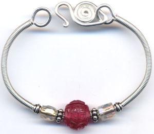 101 free beading patterns favecrafts bangle bracelet fandeluxe Images