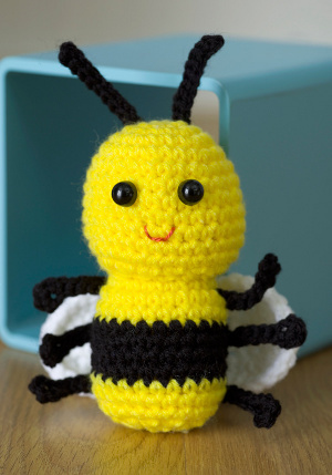 Cute Bee Crochet Pattern FaveCrafts.com