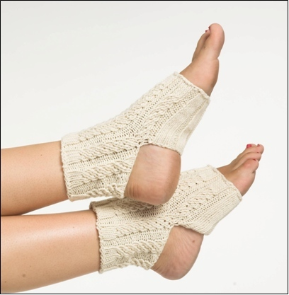 Cable Yoga Socks Knitting Pattern Favecrafts