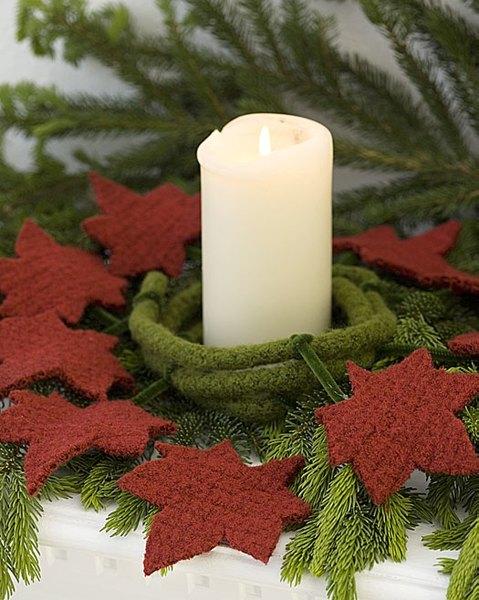 Felt Leaves Garland Crochet Pattern From Red Heart Yarn