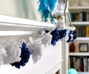 Hanukkah Fleece Pom Pom Garland