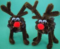 Pine Cone Reindeer Allfreechristmascrafts Com