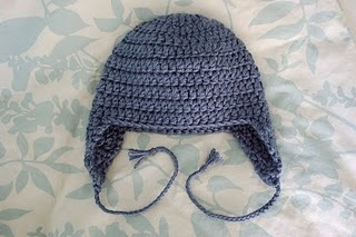 Kids earflap hat allfreecrochet use less than one skein of yarn with this kids earflap hat the crochet hat pattern shown takes two strands of yarn together and is made to fit a 19 head dt1010fo