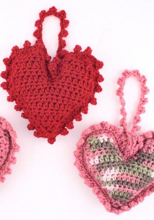 Heart Shaped Sachet Allfreecrochet