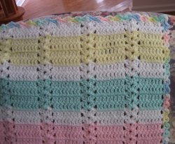 Hushabye Simple Shell Afghan