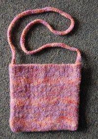 Slip Stitch Felted Bag | AllFreeKnitting.com