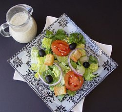 Copycat Olive Garden Salad Recipe with Homemade Dressing