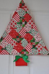 """The Best Free Quilt Patterns for Christmas: 10 Quilt Blocks, Christmas Ornaments to Make, and More"" eBook"