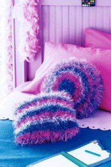 Fluffy Striped Knitted Pillows Allfreeknitting Com