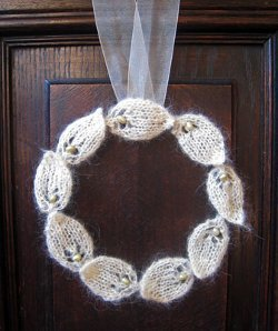 Circle of Leaves Knit Wreath