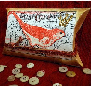 King of the Birds DIY Pillow Box