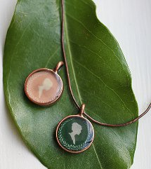 How to make a pendant 45 diy pendant projects diy resin cameo necklace aloadofball Choice Image