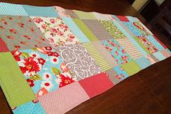 Magic Disappearing 9 Patch Table Runner