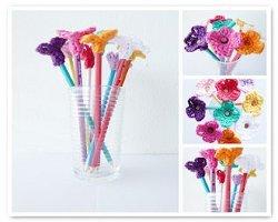flower pencil toppers allfreecrochet com