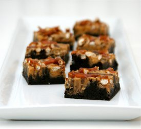 Peanut Butter Chocolate Pretzel-Topped Brownies