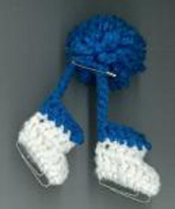 Crocheted Ice Skates Pin