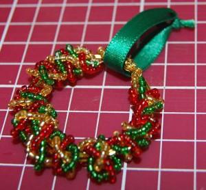 mini beaded christmas wreath