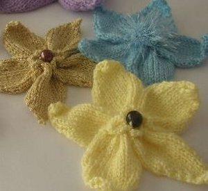 Blossoming Knitted Flowers | AllFreeKnitting.com