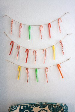 Super Easy Candy Cane Garland