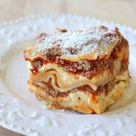 Lazy Sunday Slow Cooker Lasagna