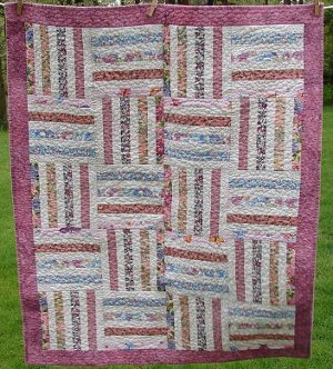 Split Rail Fence Baby Quilt Pattern Favequilts Com