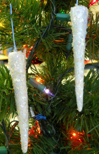 Cool Holiday Hanging Icicles