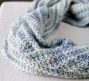 Cool Breeze Infinity Cowl