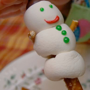 Yummy Puffy Snowman Craft