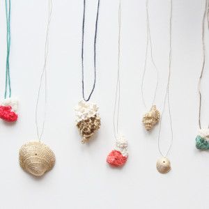DIY Dipped Shell Necklace