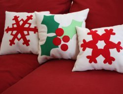 Fast Felt Snowflake Pillow Design
