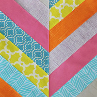 28 Easy Quilt Patterns: Free Quilt Patterns, Quilt Blocks, and Small Quilt Projects to Try