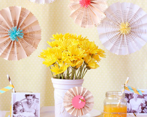 Queen Bee Paper Crafts for Mother's Day