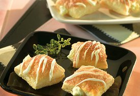 Amazingly Easy Lemon Cream Puffs