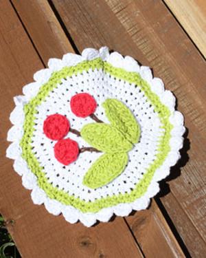 Scalloped Cherry Dishcloth