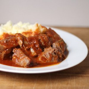 Tomato Braised Country Ribs