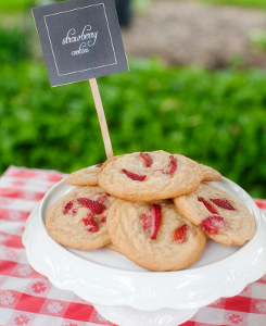 Summertime Strawberry Cookies