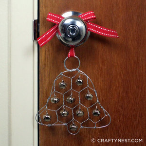 Wire Jingle Bell Door Hanger