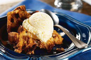 Raisin Cinnamon Bread Pudding