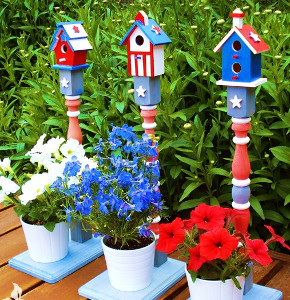 Patriotic Painted Birdhouses