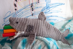 Hungry shark crochet slippers allfreecrochet more crochet patterns dt1010fo