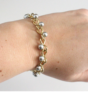 Chain and Pearls Bracelet