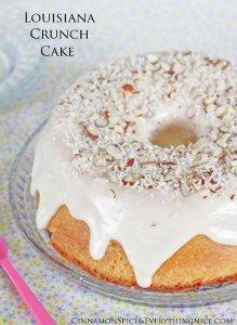 Copycat Entenmanns Louisiana Crunch Cake