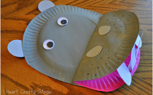 Happy Paper Plate Hippo : things to make with paper plates - Pezcame.Com