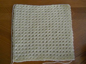 Simple waffle knit blanket allfreeknitting fall is perfect for cozy nights on the couch or late night gatherings around the bonfire wrap up your little one in this cozy knit baby blanket pattern to dt1010fo